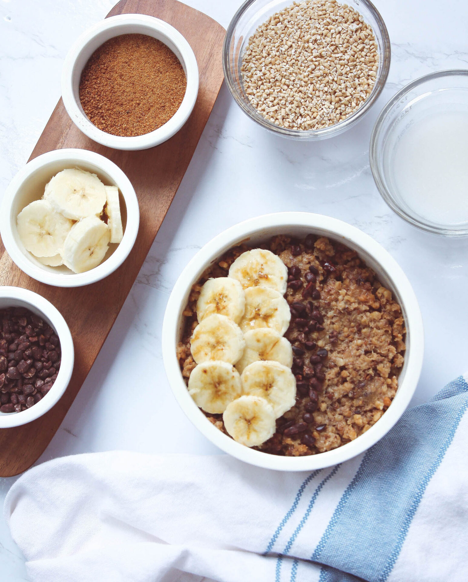 flatlay of oatmeal bowl and toppings | hearth health happiness
