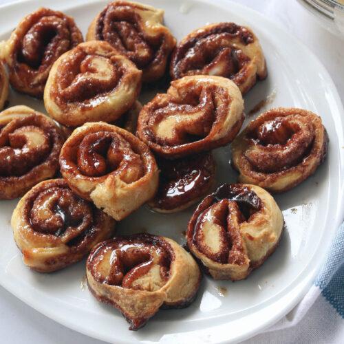 mini cinnamon rolls on plate | hearth health happiness