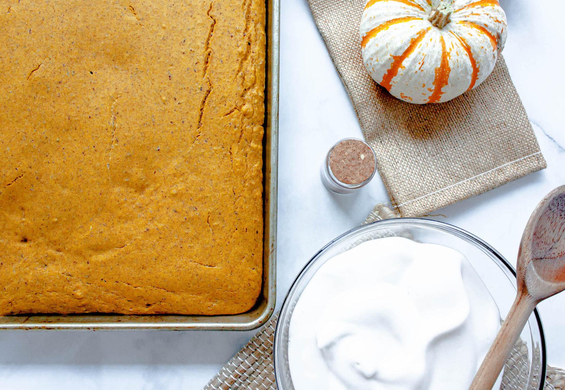 overhead image of pumpkin spice sheet pan pancakes | hearth health happiness