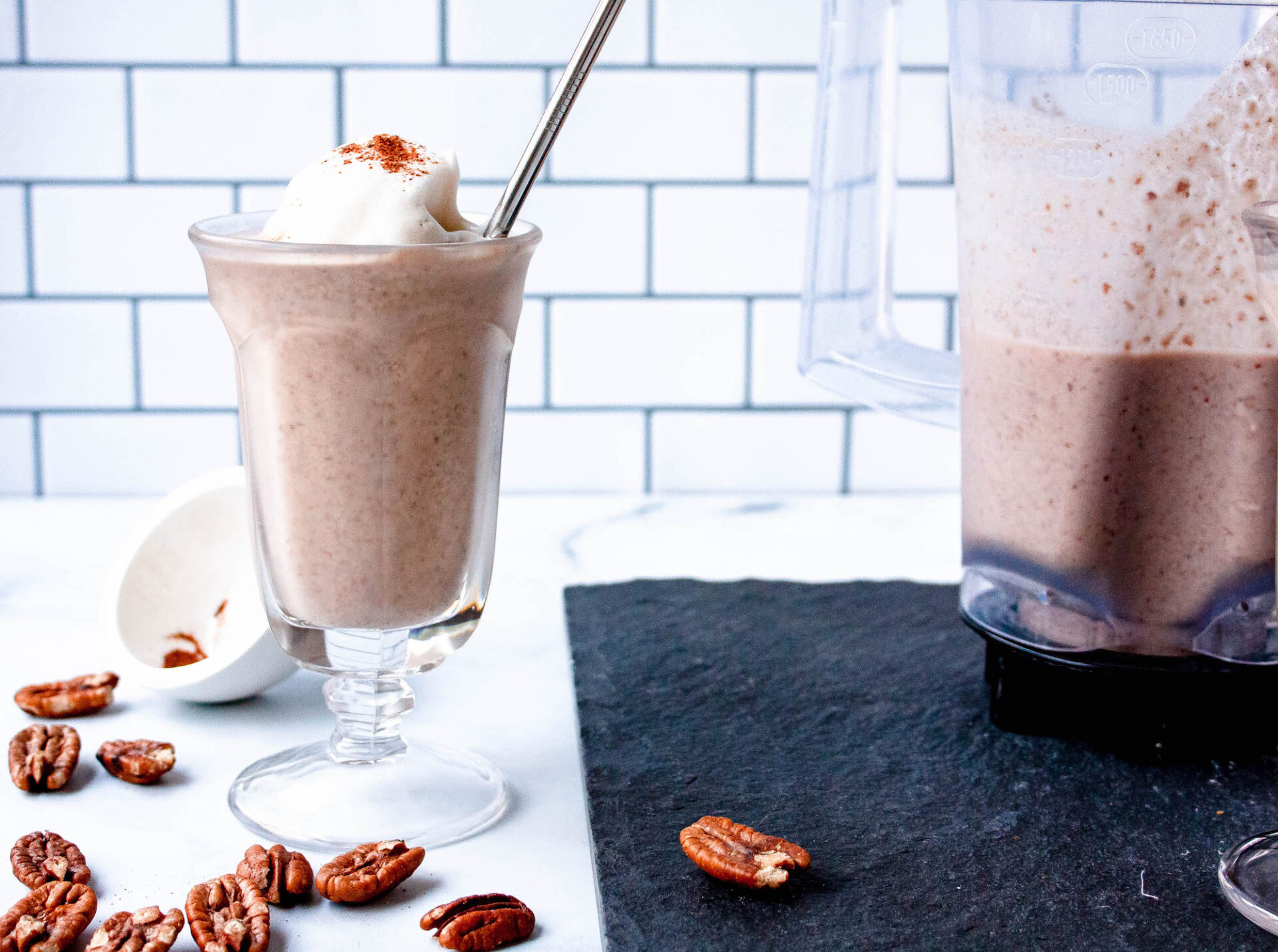 pecan pie smoothie in glasses and blender | comfort food | hearth health happiness