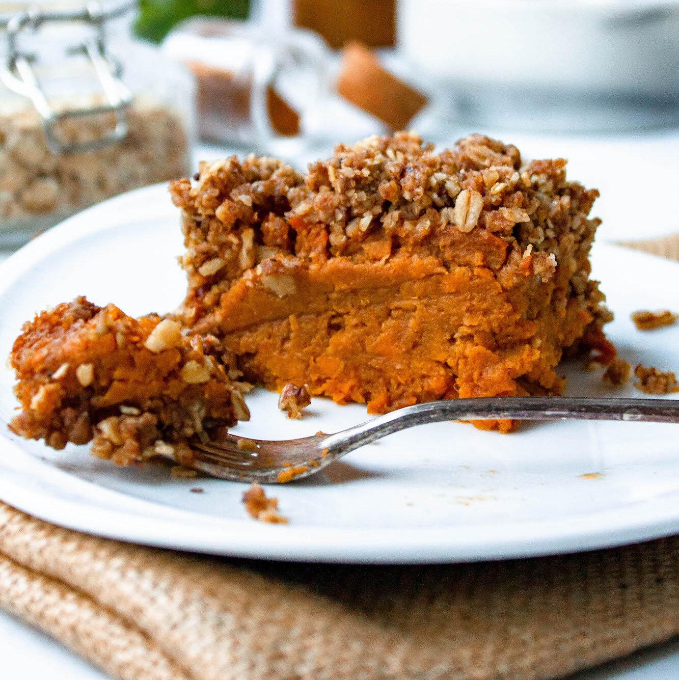 slow cooker vegan sweet potato casserole | comfort food | hearth health happiness