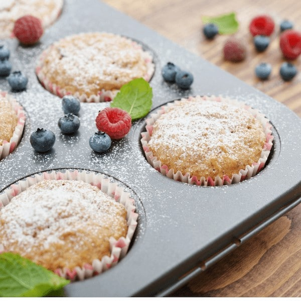 cupcakes in muffin tin